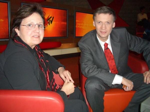 Od založení organizace vystupovala Paní Winkler-Stumpf několikrát i na stanici Stern TV a v pořadu Günthera Jaucha